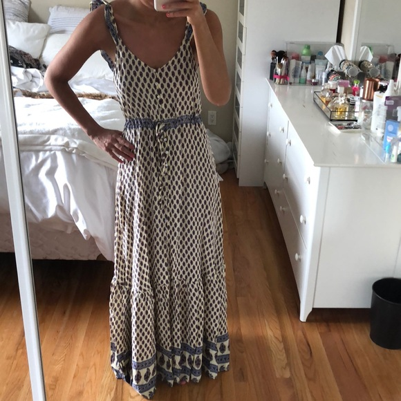 296fce225686 Forever 21 Dresses & Skirts - Forever 21 button front ruffle sleeve maxi  dress S